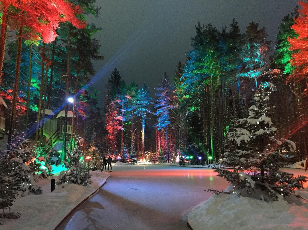 7 катков и горнолыжных курортов Петербурга, на которых можно интересно провести время всей семьей!