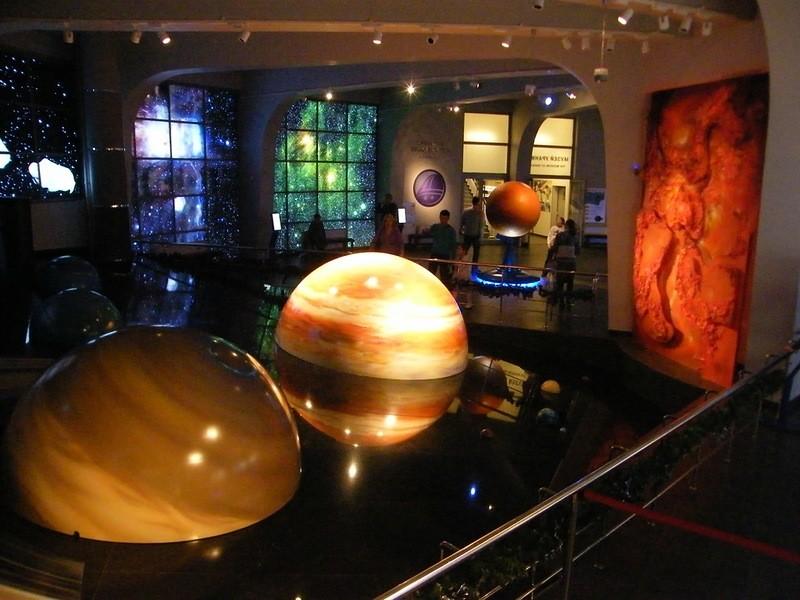 В Санкт-Петербурге открылся самый большой в мире планетарий.